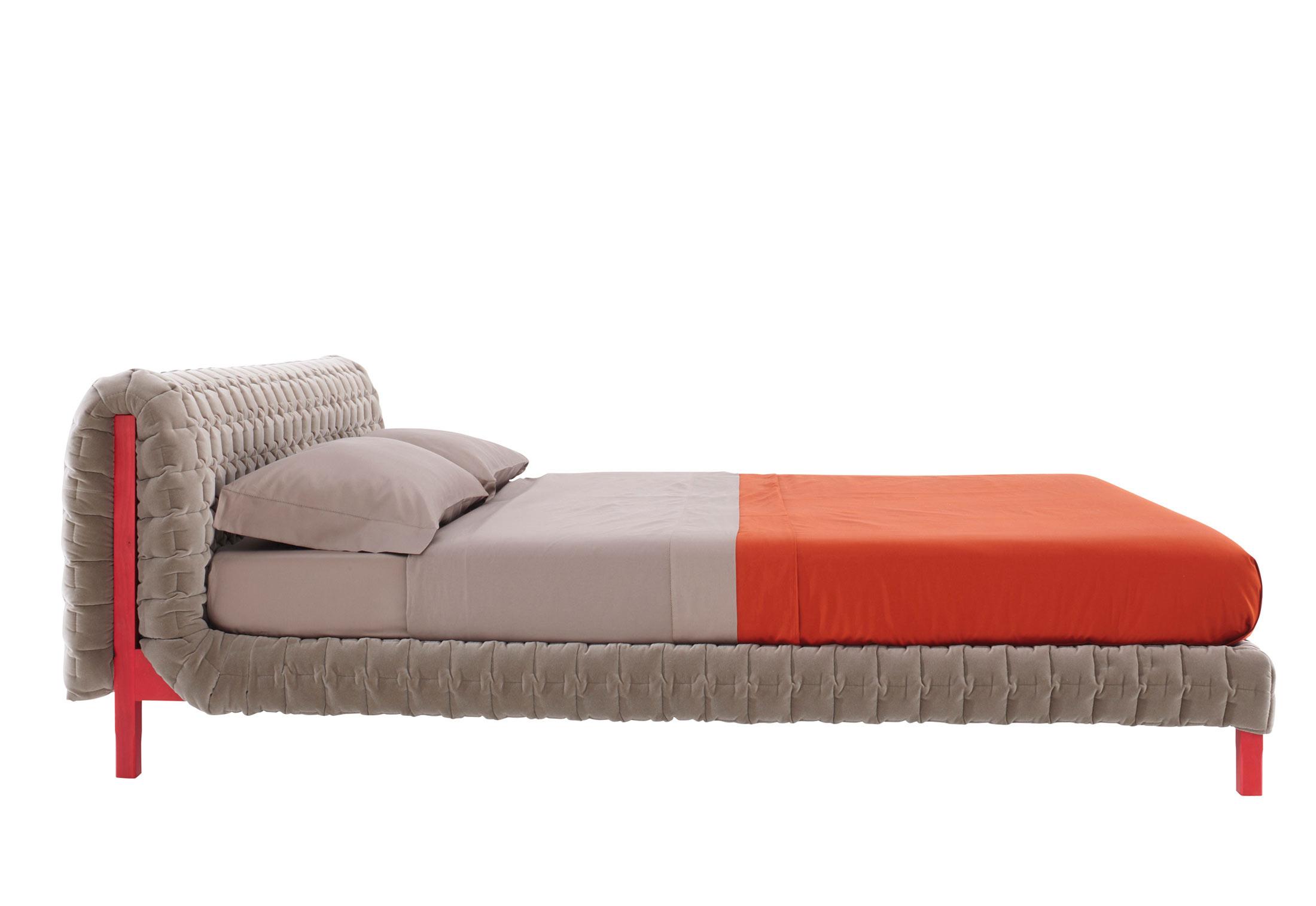 ruch bett von ligne roset stylepark. Black Bedroom Furniture Sets. Home Design Ideas