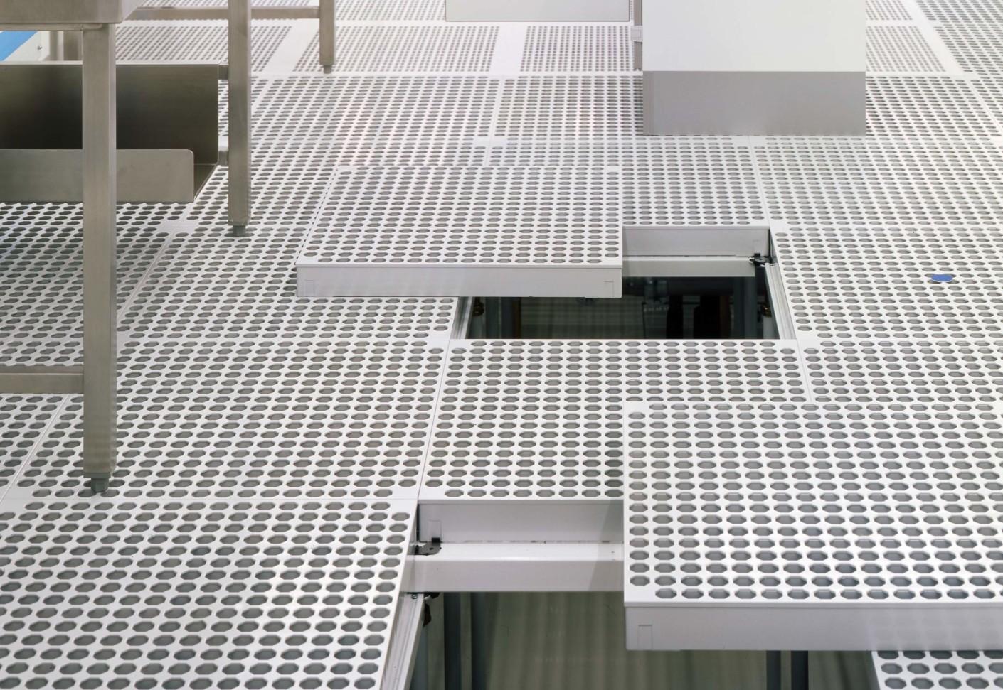 Construction Clean Room Floor : Clean room floor by lindner group stylepark