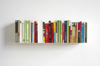 linea1 a Bücher- und DVD-Regal  von  linea1