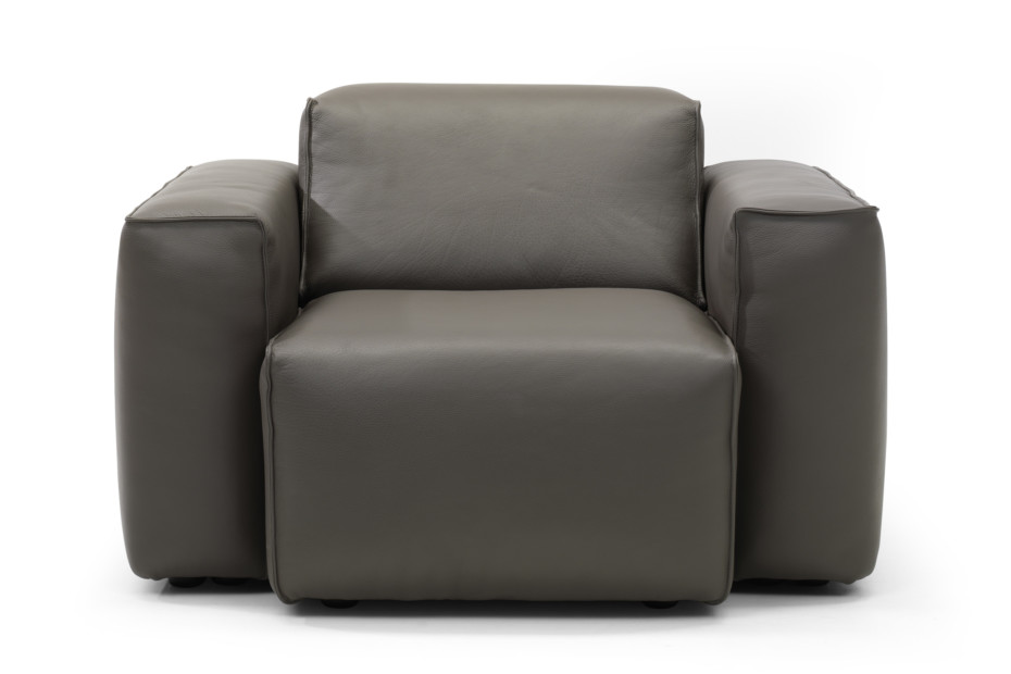 Matu Armchair in Leather