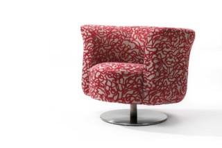 Pogo Armchair  by  Linteloo