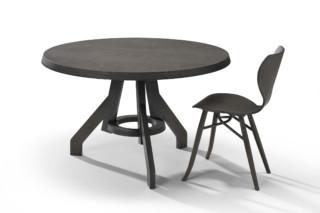 Popov Dining Table  von  Linteloo