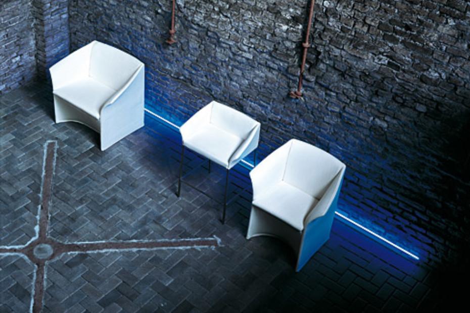 Poera Bar stool