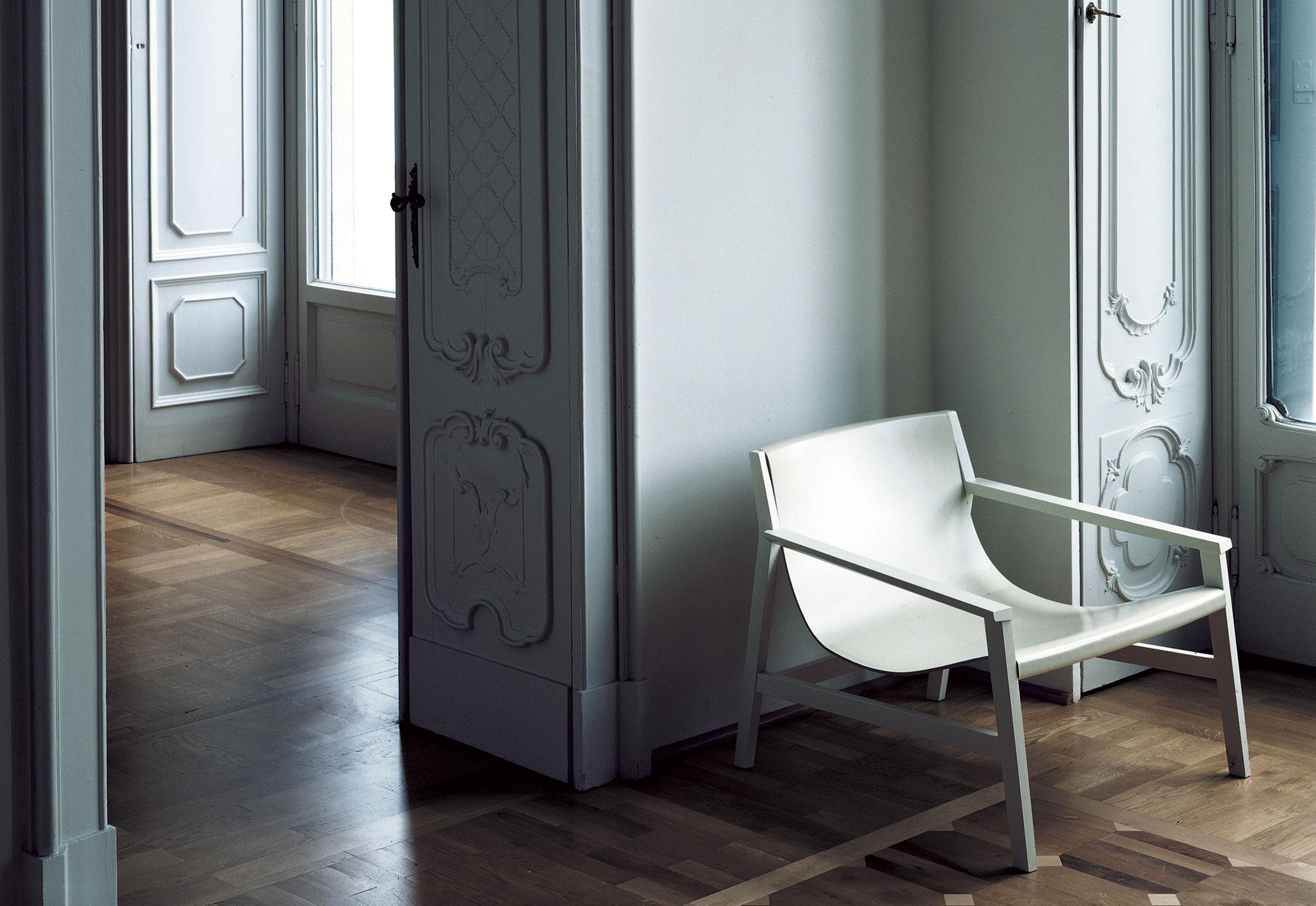 sdraio by living divani stylepark. Black Bedroom Furniture Sets. Home Design Ideas