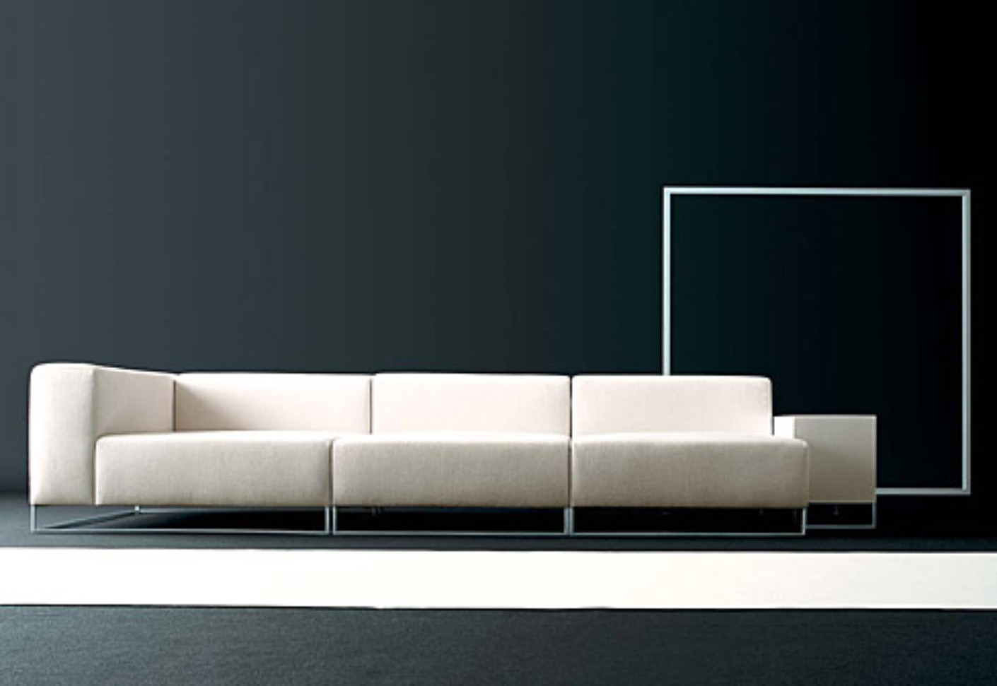 wall2 sofa by living divani stylepark. Black Bedroom Furniture Sets. Home Design Ideas