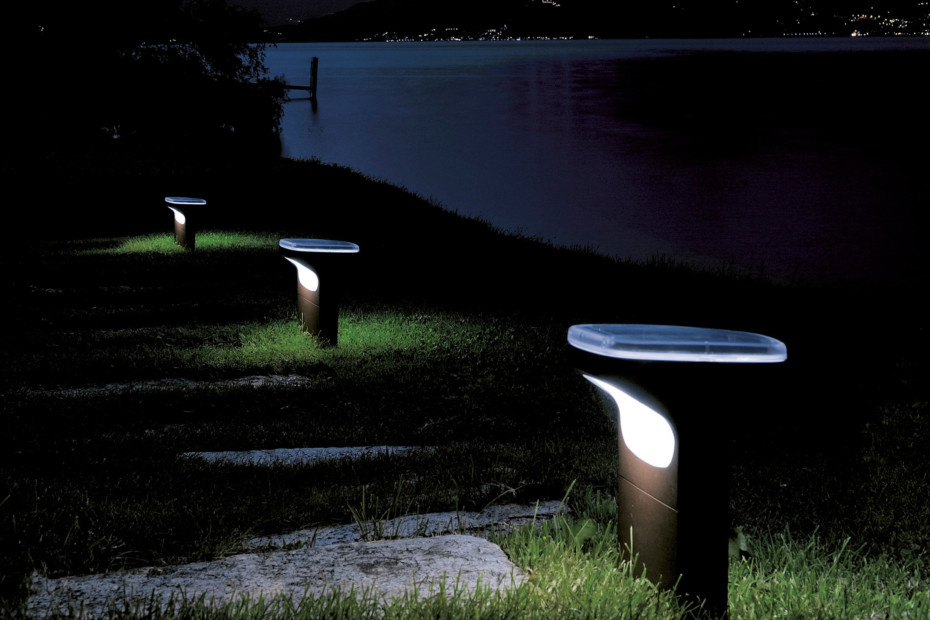 Sky floor outdoor lamp