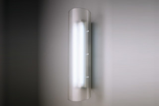 Fluo 2 x 18 P  by  Lumina Italia
