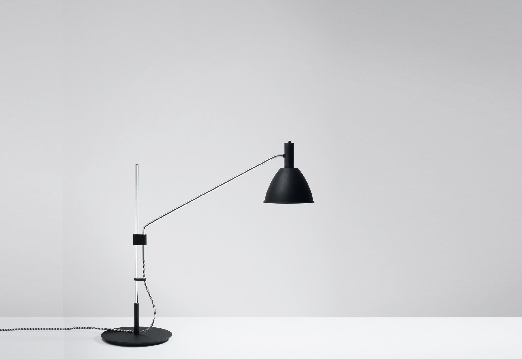 bauhaus 90 t led by lumini stylepark. Black Bedroom Furniture Sets. Home Design Ideas
