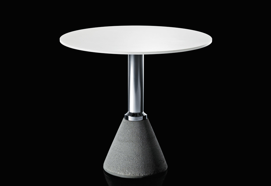 TABLE_ONE_BISTROT