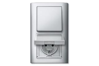 由Merten公司设计的集开关和插座于一体