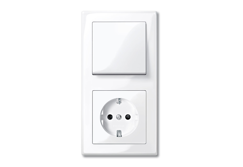 M-SMART Switch and socket combi