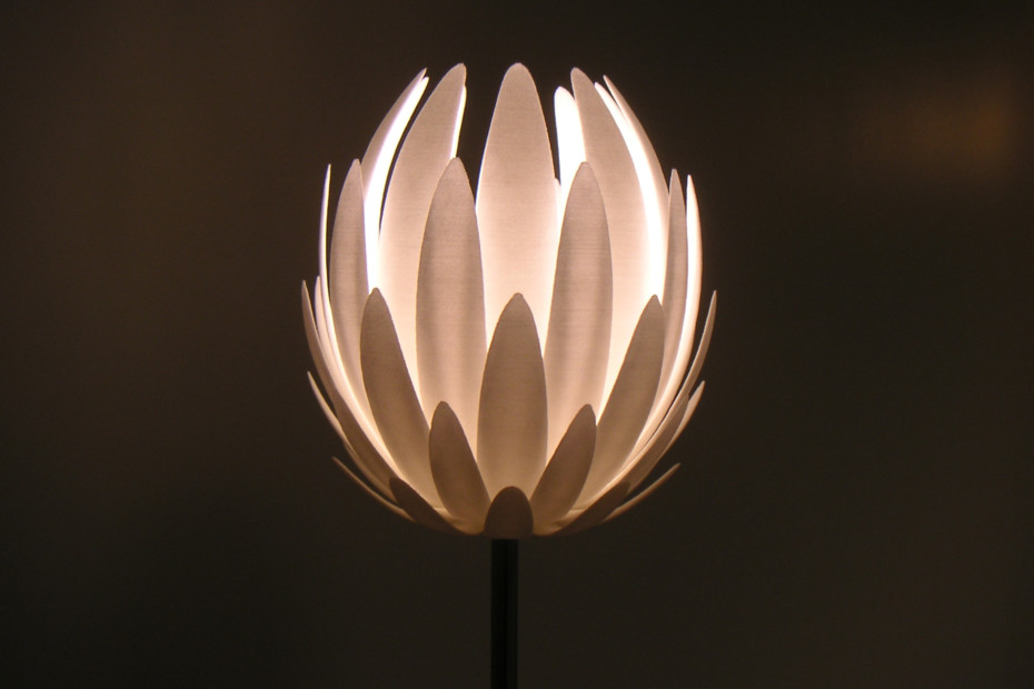 Lily.MGX floor lamp