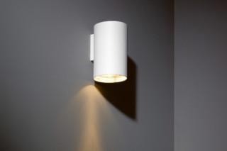 Nude wall white  von   Modular Lighting Instruments