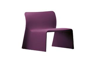 Glove armchair  by  Molteni&C
