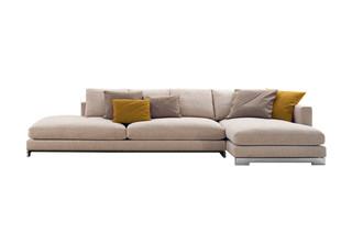 Reversi Sofa  by  Molteni&C