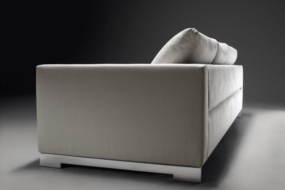 Reversi Sofa