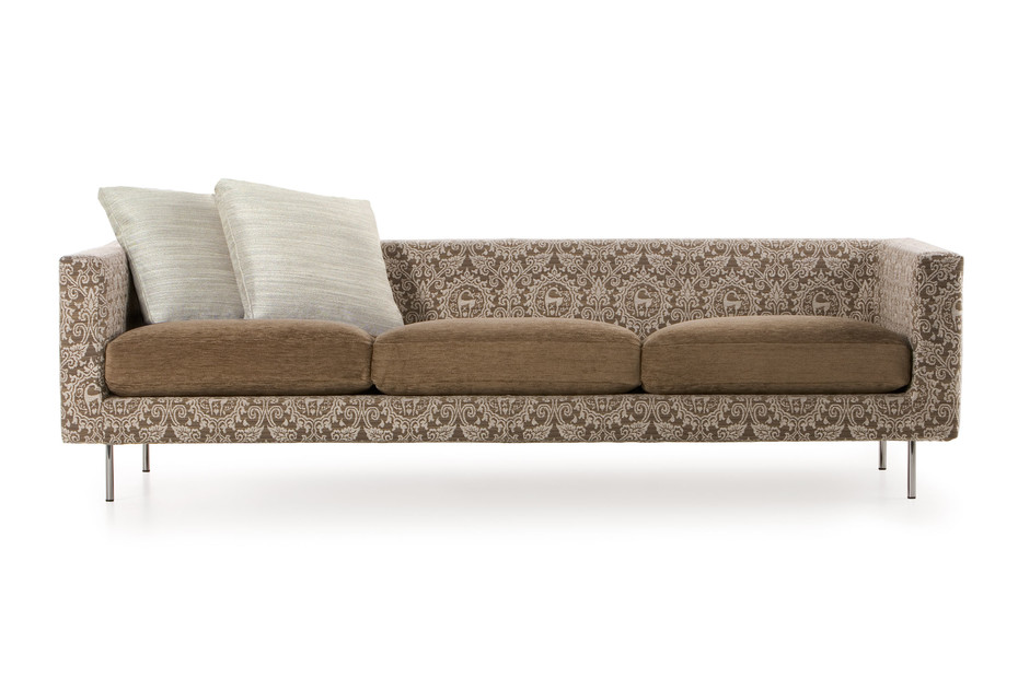 Boutique Sofa, Medallion