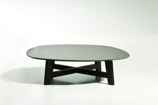 Phoenix coffee table  by  Moroso
