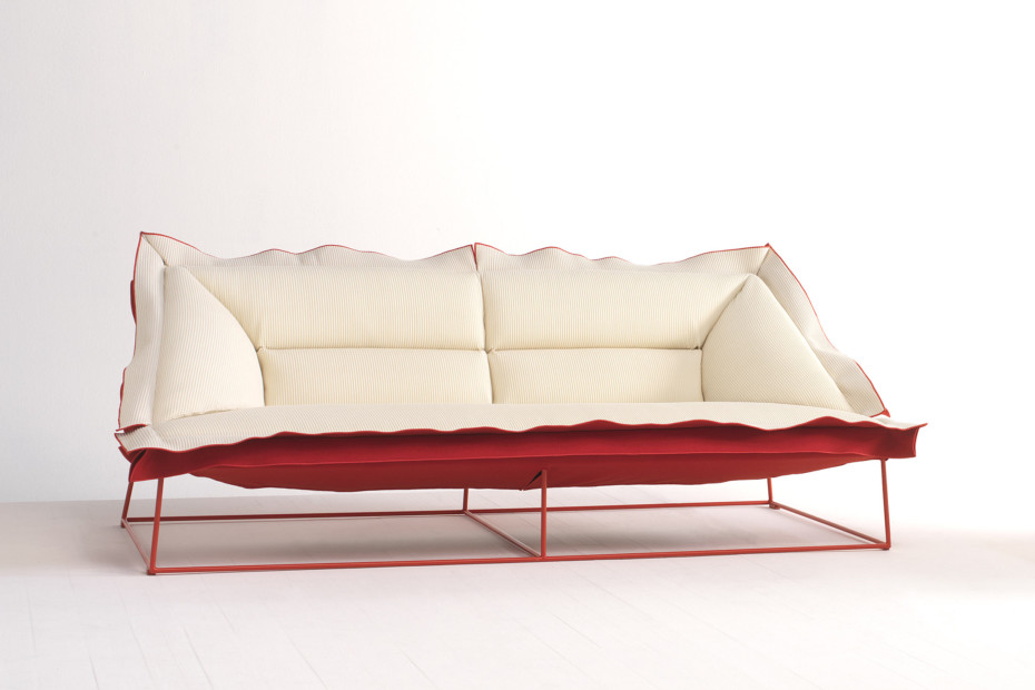 Volant sofa
