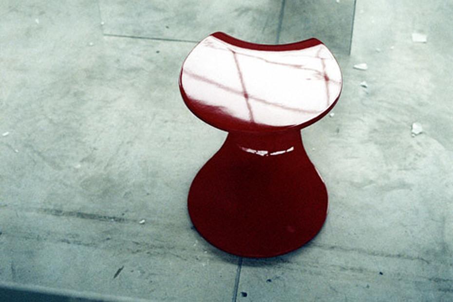 Yo-Yo side table