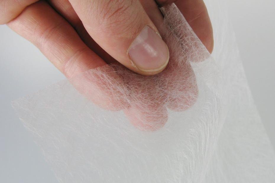 Glass fibre non-woven