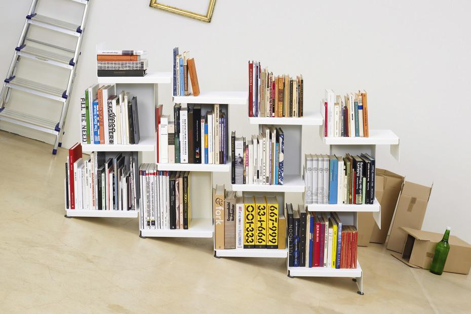 nan15 Bücherregal