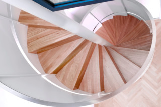 Corkscrew staircase, Munich  by  Nautilus