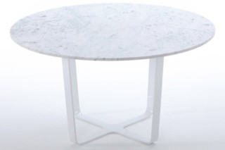 Trace round dining Table  by  naughtone