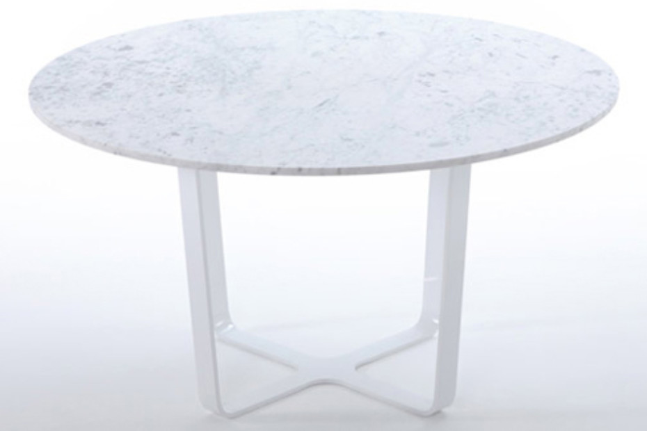 Trace round dining Table
