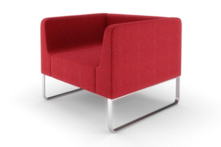 Trim Armchair on slides  by  naughtone