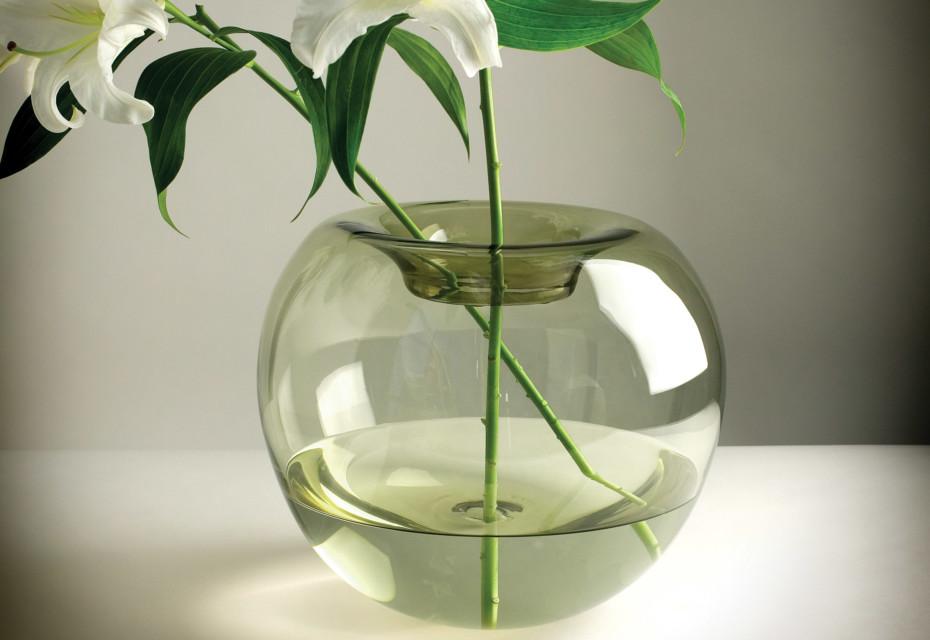 Stamen Vase