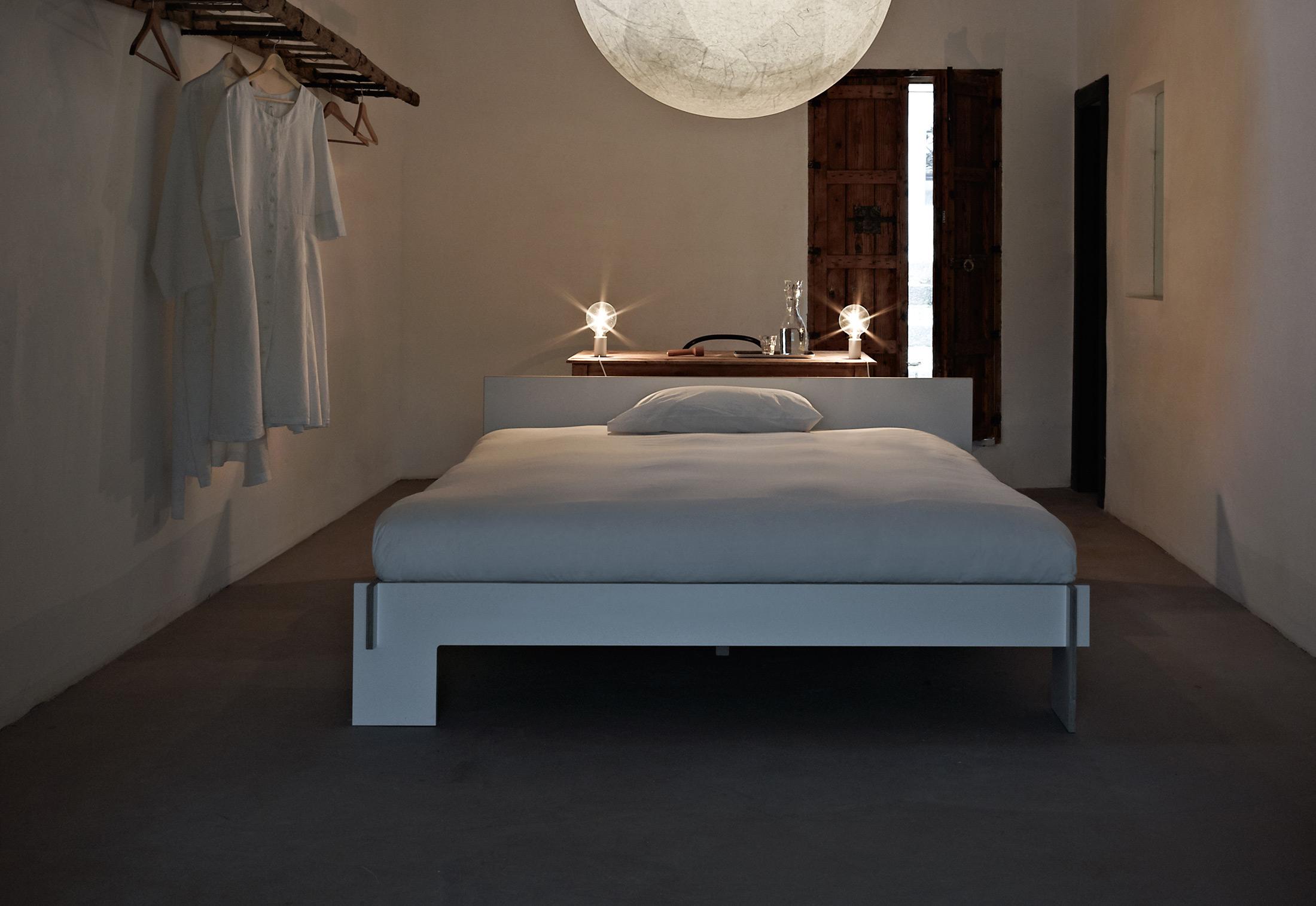 siebenschl fer by nils holger moormann stylepark. Black Bedroom Furniture Sets. Home Design Ideas