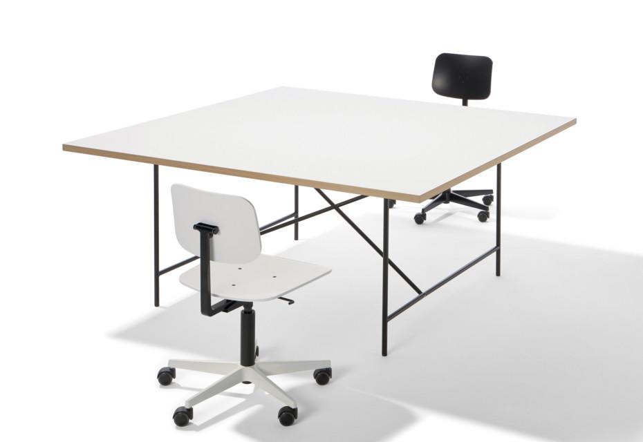 Eiermann Tischgestell quadratisch