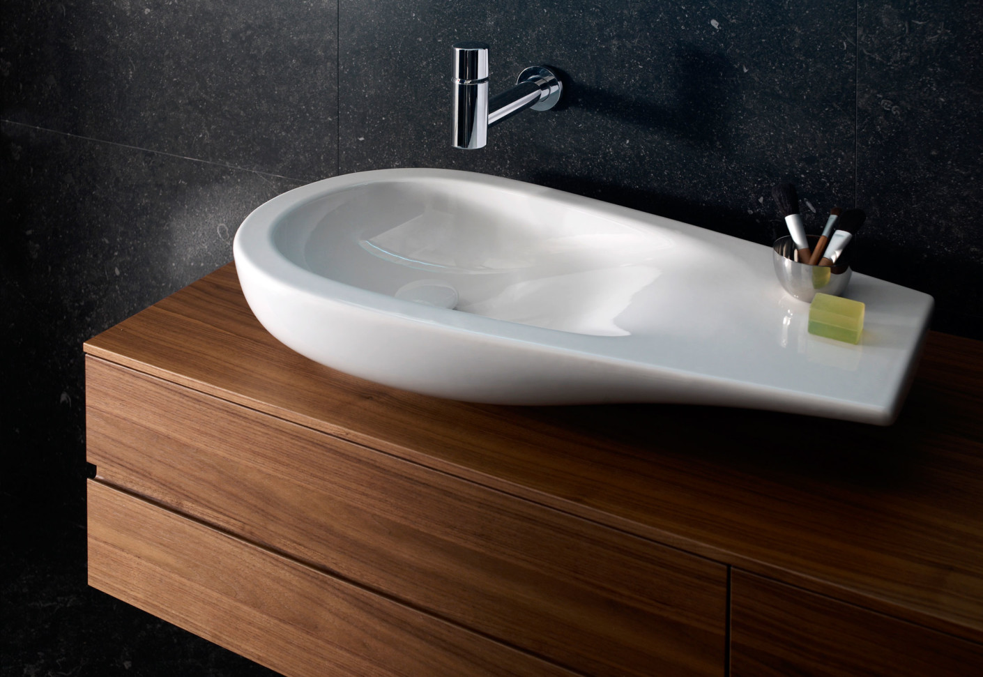 il bagno alessi one aufsatzwaschbecken von laufen stylepark. Black Bedroom Furniture Sets. Home Design Ideas