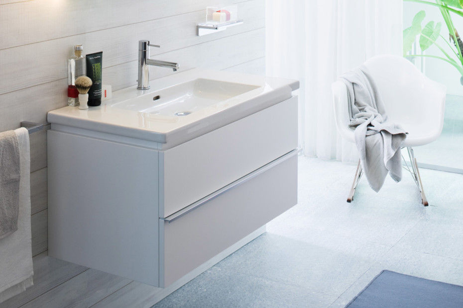 Living square vanity unit