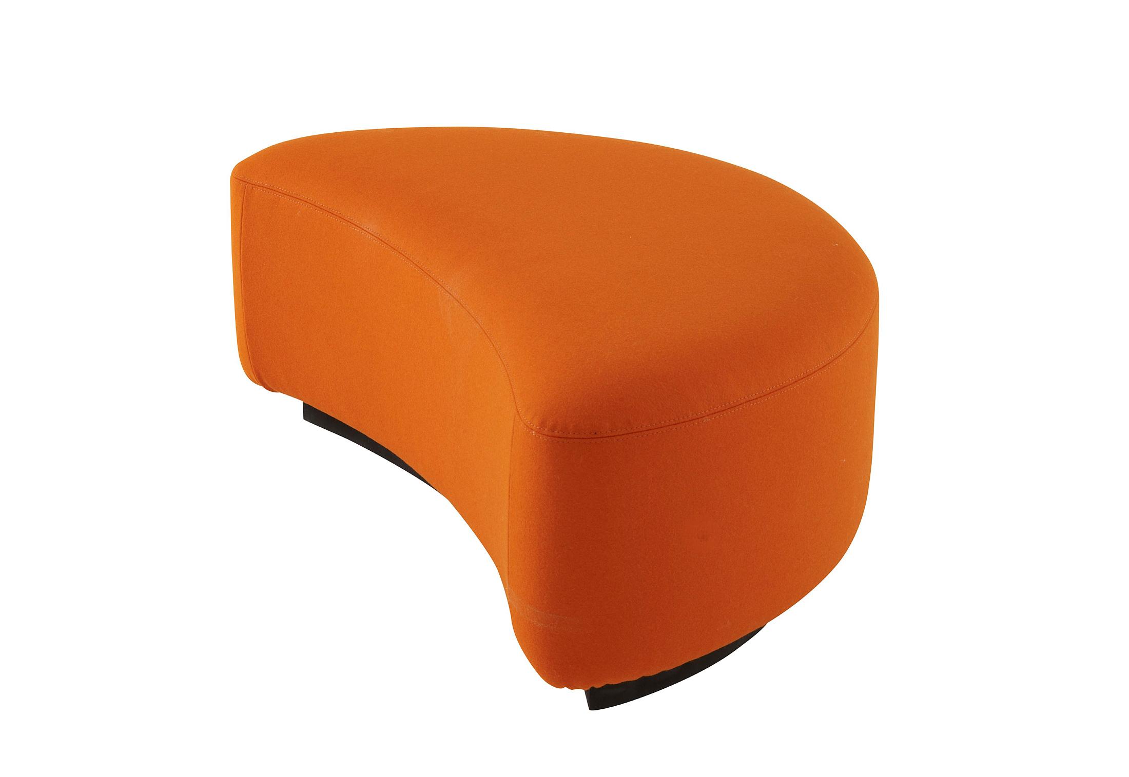lys e pouf by ligne roset stylepark. Black Bedroom Furniture Sets. Home Design Ideas
