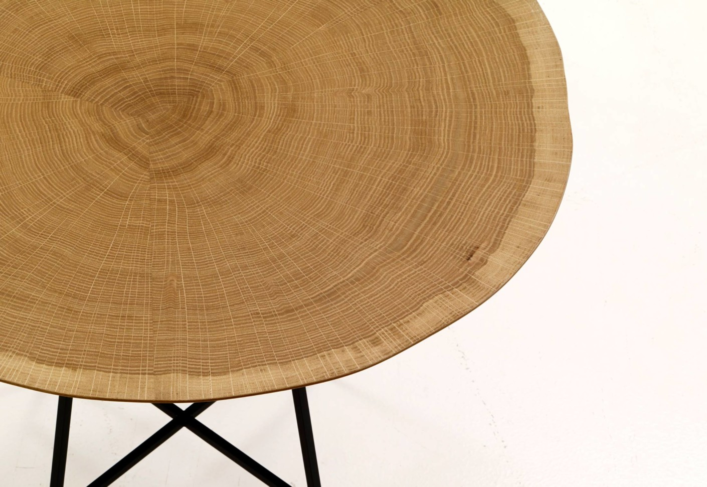 alburni low by ligne roset stylepark. Black Bedroom Furniture Sets. Home Design Ideas