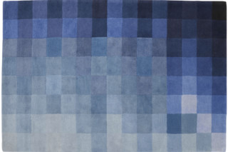 CHART blau  von  ligne roset