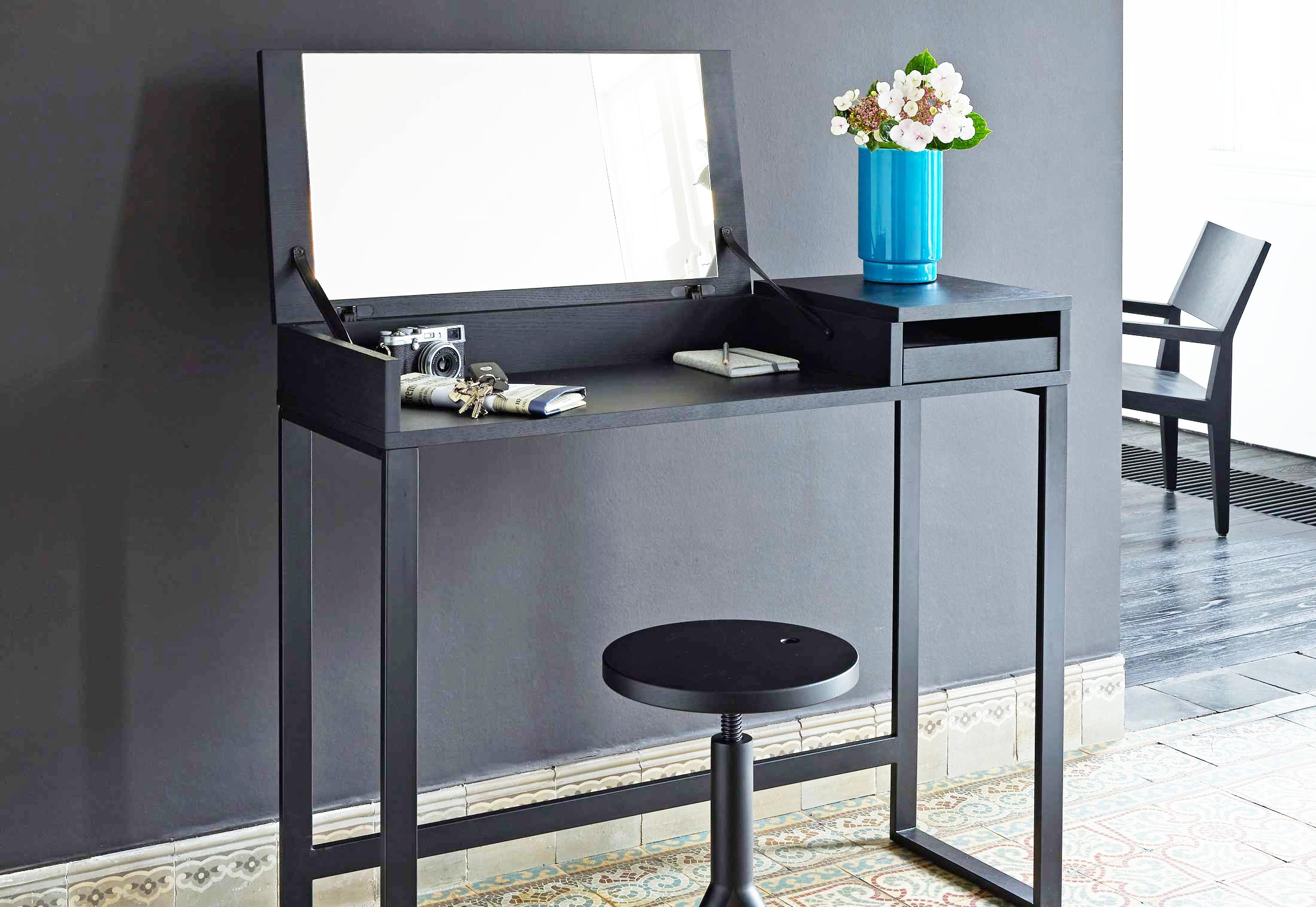 hellobye von ligne roset stylepark. Black Bedroom Furniture Sets. Home Design Ideas