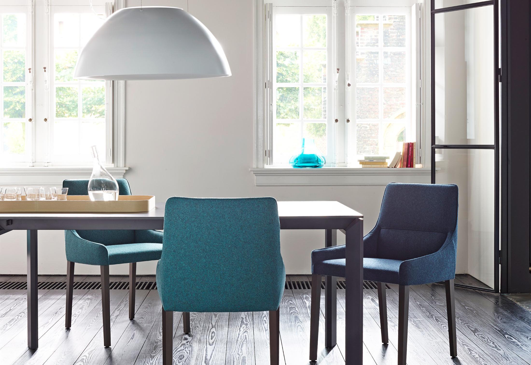 long island by ligne roset stylepark. Black Bedroom Furniture Sets. Home Design Ideas