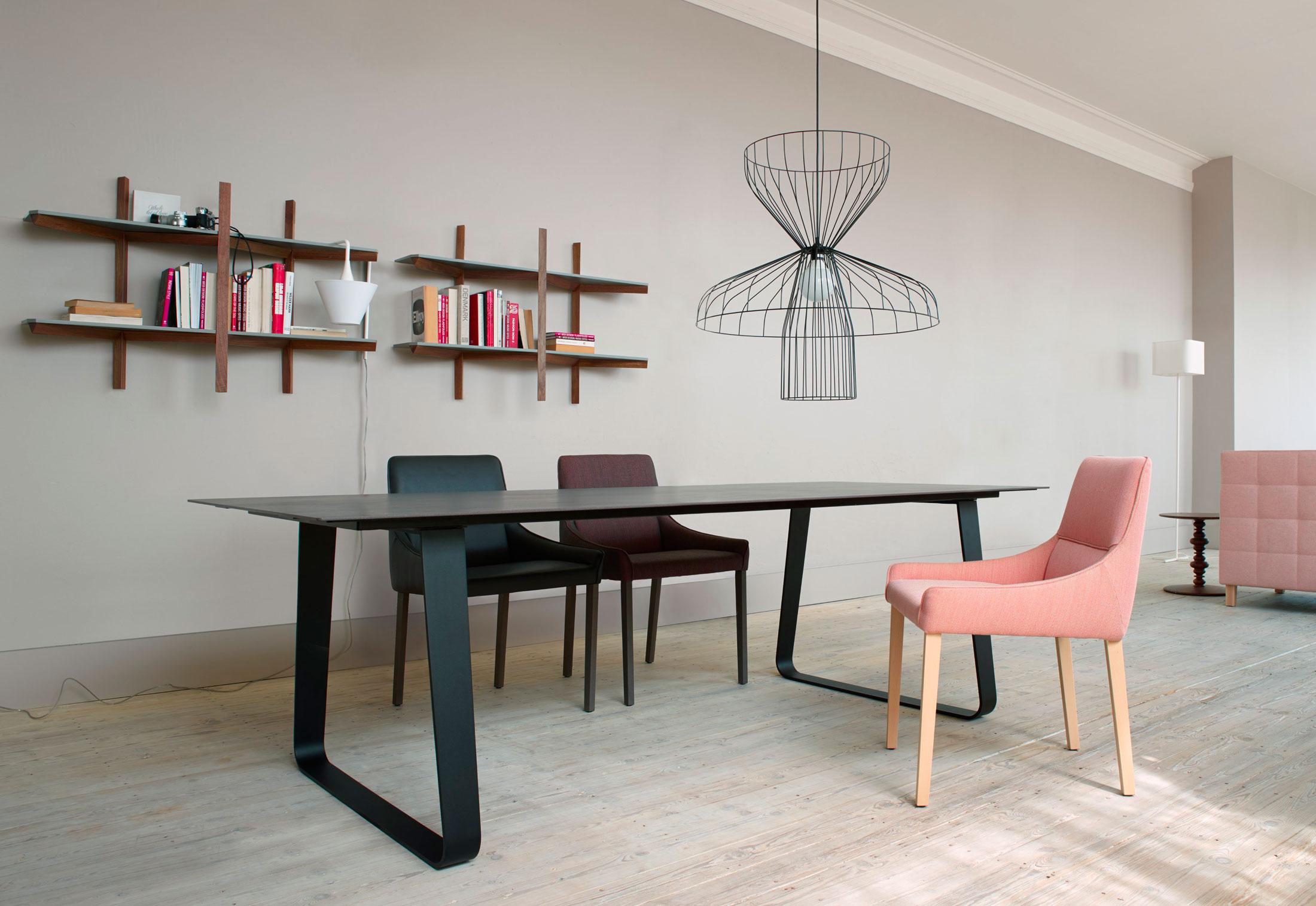 parachute by ligne roset stylepark. Black Bedroom Furniture Sets. Home Design Ideas