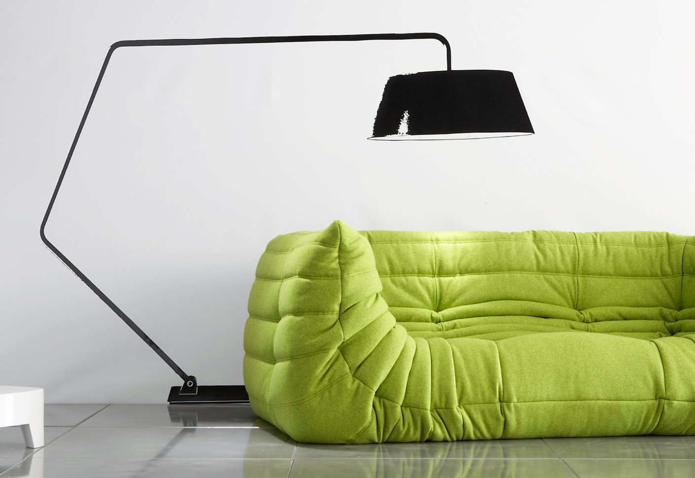 togo sofa with armrests by ligne roset stylepark. Black Bedroom Furniture Sets. Home Design Ideas