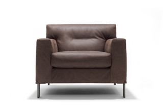 Giovanni easy chair  by  Linteloo