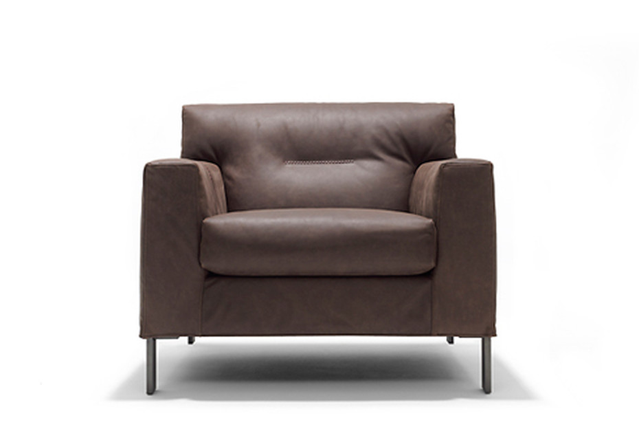 Giovanni easy chair