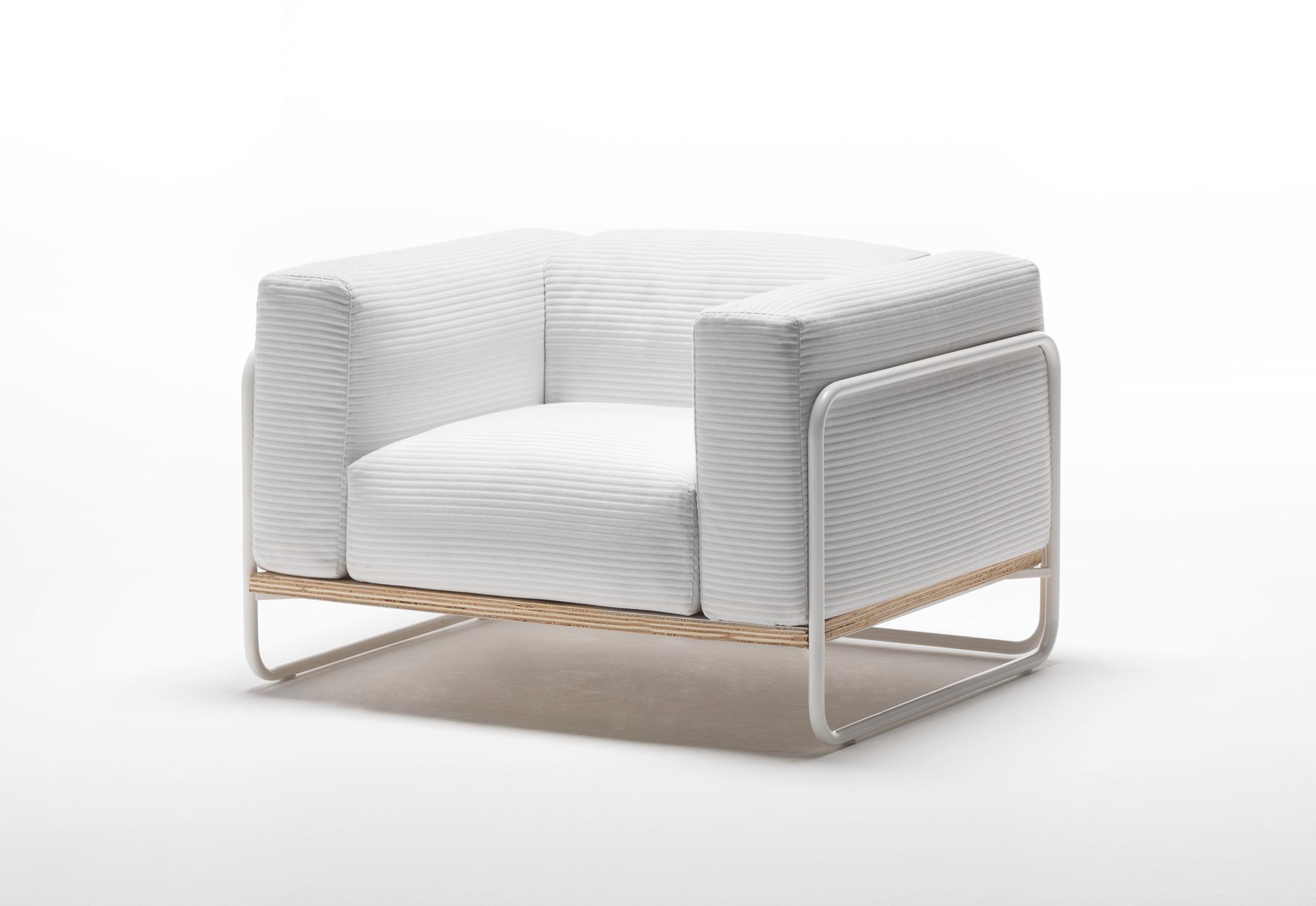 filo outdoor sessel von living divani stylepark. Black Bedroom Furniture Sets. Home Design Ideas