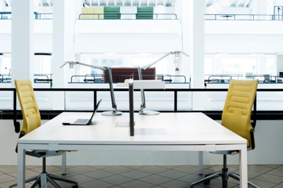 Fortebraccio LED table lamp