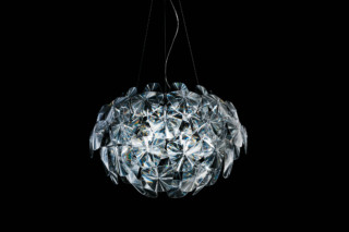 Hope pendant lamp  by  Luceplan