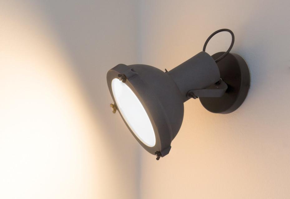 Projecteur 165 wall lamp