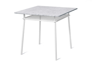 Wimbeldon table  by  Nola