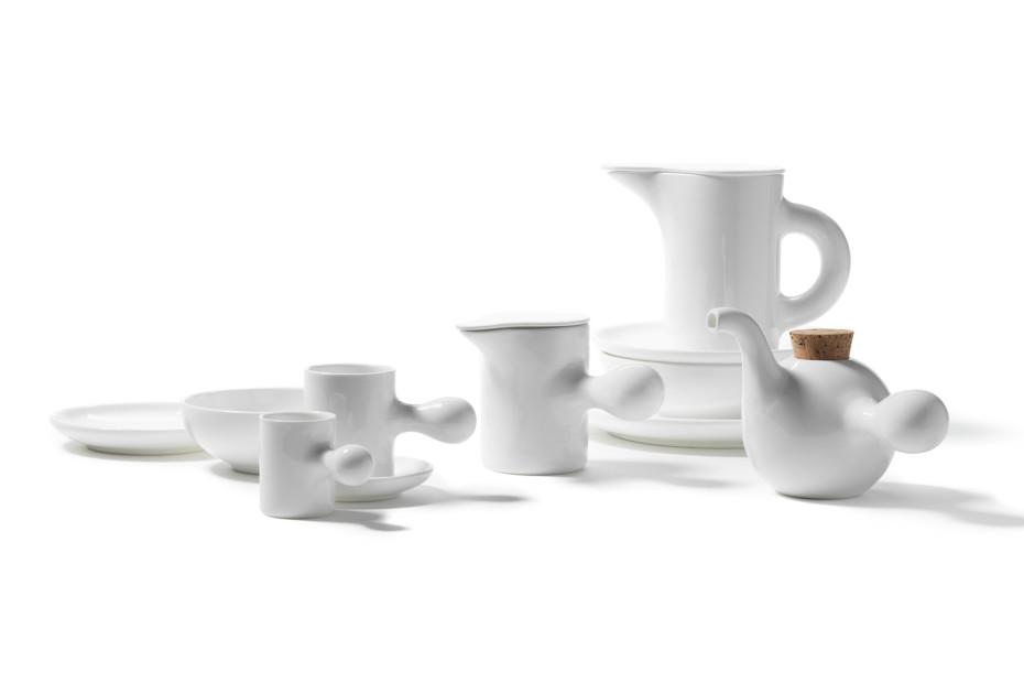 Familia teapot